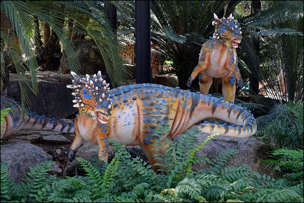 17-1445 Dinosaurier CBU.jpg