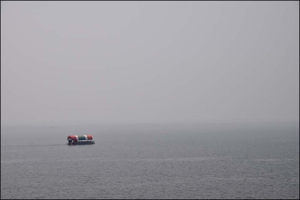 18-0386 Båt på Ubol Rattana Dam KOK.jpg