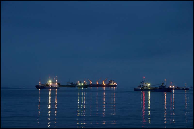 18-2405 Fartyg på redden, Naga CEB.jpg