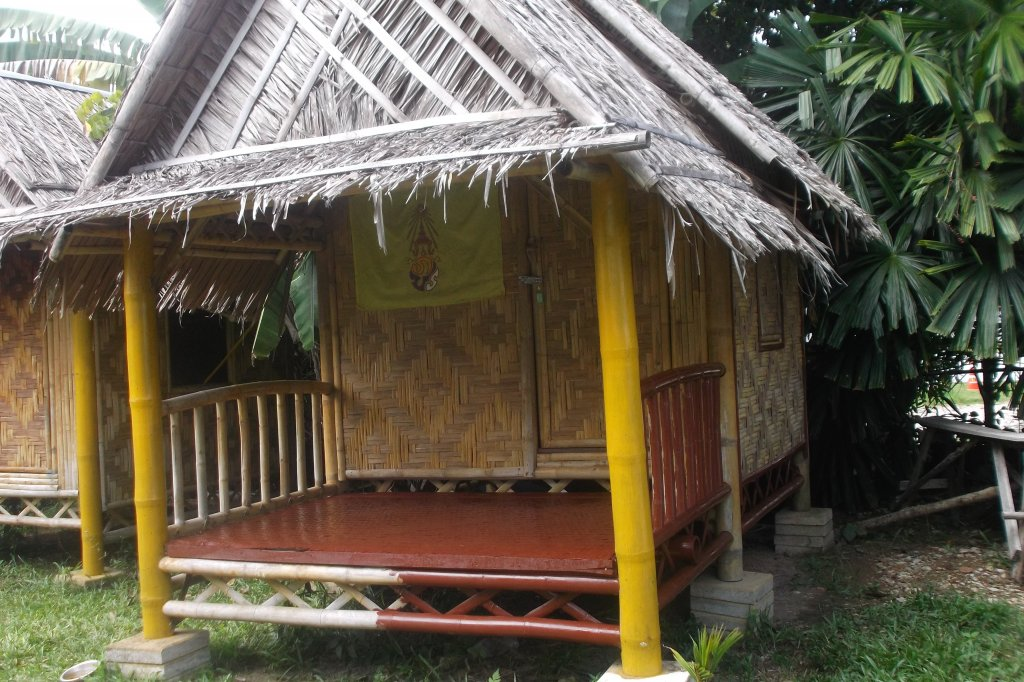 bambo bungalow (4).JPG