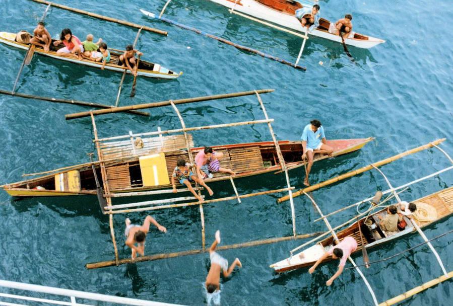Bum Boats Tagbilaran.jpg